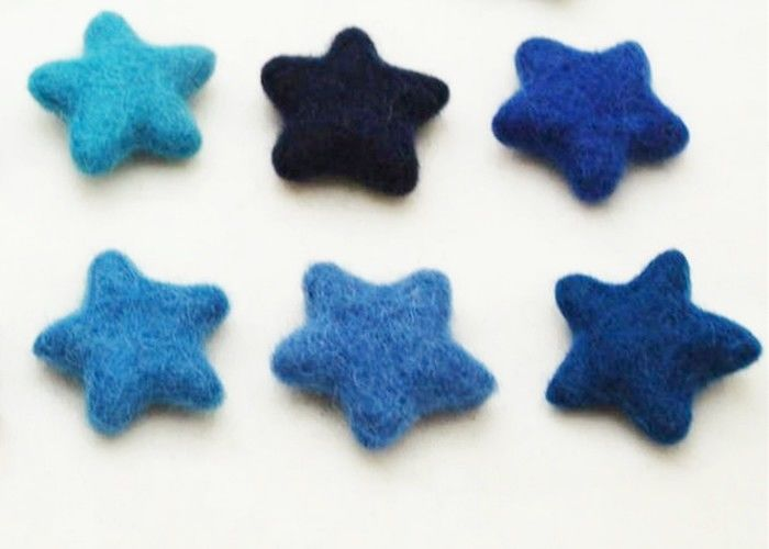 81 Color Soft Wool Felt Balls Cute Star Pattern With Needling / Screen Printing Logo